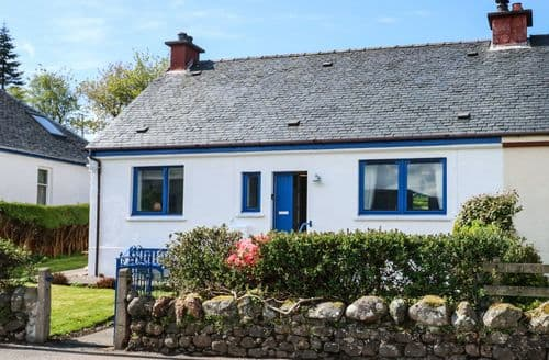 Last Minute Cottages - Exquisite Ardgour Cottage S100807