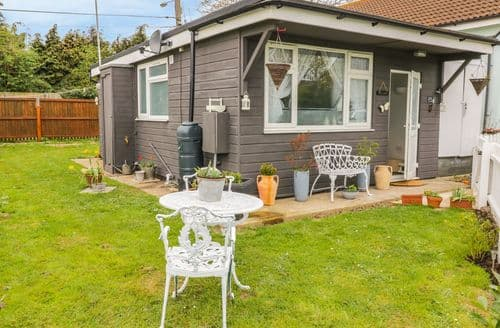 Last Minute Cottages - Exquisite Harwich Cottage S97711