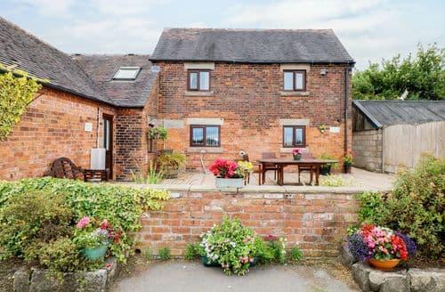 Big Cottages - Tasteful Stoke On Trent Cottage S96898