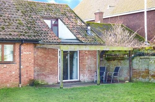 Last Minute Cottages - Gardener's Den