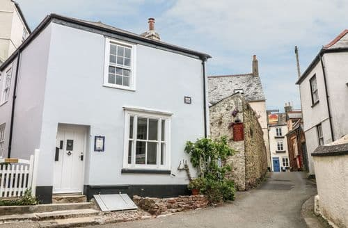 Last Minute Cottages - Wonderful Kingsand Cottage S104393