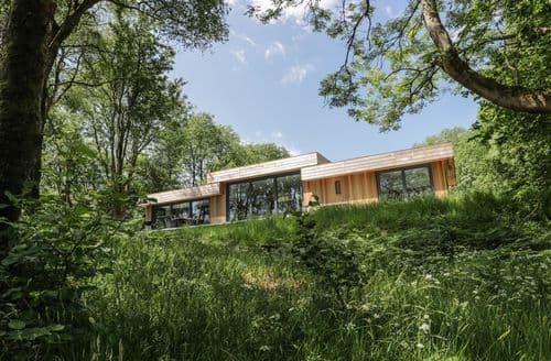 Last Minute Cottages - Inviting Backbarrow Cottage S105348