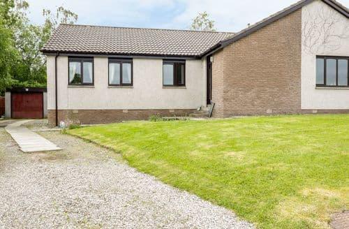 Last Minute Cottages - Gorgeous Kirkhill Cottage S103030