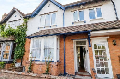 Last Minute Cottages - Cosy Stratford Upon Avon Cottage S122475