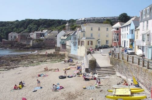 Last Minute Cottages - Wonderful Kingsand Cottage S122221