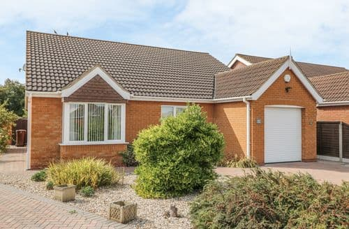 Last Minute Cottages - Delightful Cleethorpes Cottage S121879