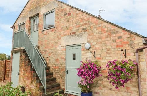 Last Minute Cottages - Inviting Shurdington Cottage S122369