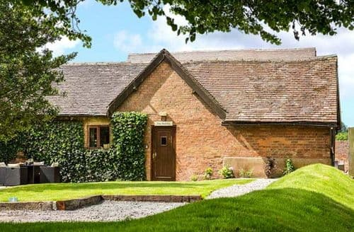 Last Minute Cottages - Inviting Stratford Upon Avon Cottage S6769