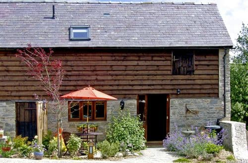 Last Minute Cottages - Cosy Bucknell End S2123