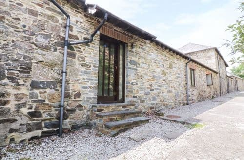 Last Minute Cottages - Inviting Lanhydrock Cottage S104323