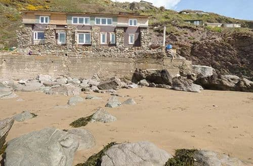 Last Minute Cottages - Beautiful Torpoint Cottage S2242