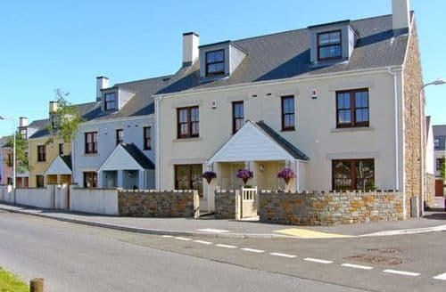 Big Cottages - Stunning Burry Port Harbour S5243