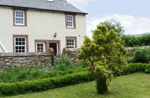 Last Minute Cottages - Inviting Holmrook Office S3902