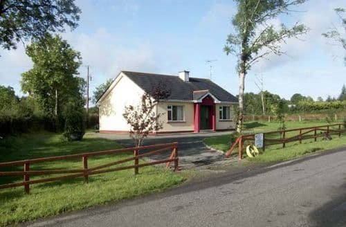 Big Cottages - Delightful  Fad S5102
