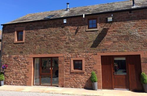 Last Minute Cottages - Lovely Wigton Grainstore S4006