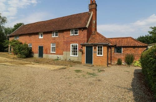 Big Cottages - Stunning Ipswich Cottage S2733