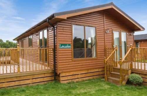 Big Cottages - Captivating Richmond Lodge S4340