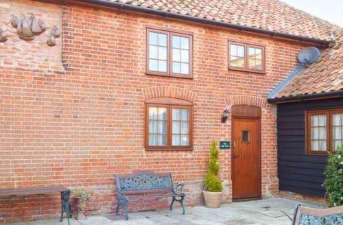 Big Cottages - Quaint Woodbridge Cottage S2795