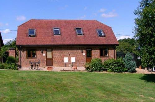Last Minute Cottages - Luxury Alderholt Cottage S9559