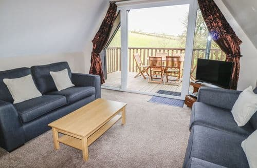Last Minute Cottages - Gorgeous Norris Green Lodge S6899