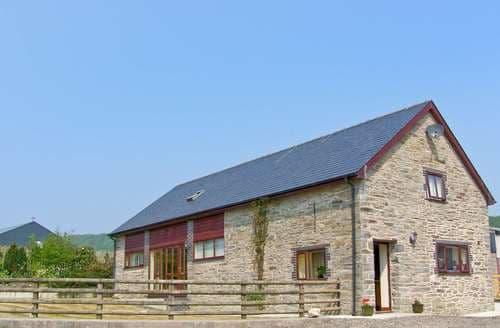 Big Cottages - Tasteful St. Harmon Cottage S104458