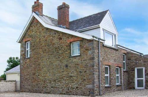 Big Cottages - Wonderful Little Haven Cottage S9508