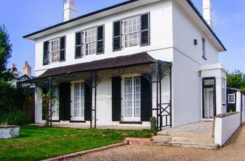Last Minute Cottages - Luxury Gosport  S12823