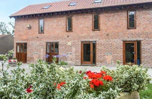 Last Minute Cottages - Lovely Askham Apartment S44414