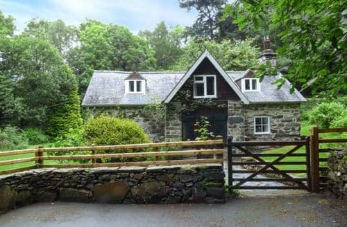 Big Cottages - Beautiful Penmaenpool Cottage S50350