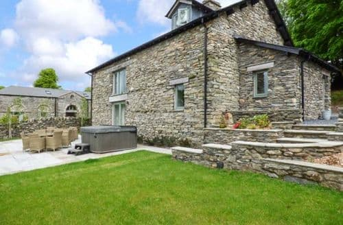 Last Minute Cottages - Lovely Backbarrow Cottage S72747