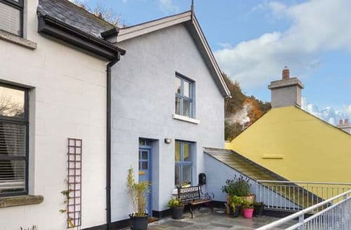 Last Minute Cottages - Red Kite Two