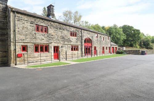 Big Cottages - Delightful Stocksbridge Cottage S74674