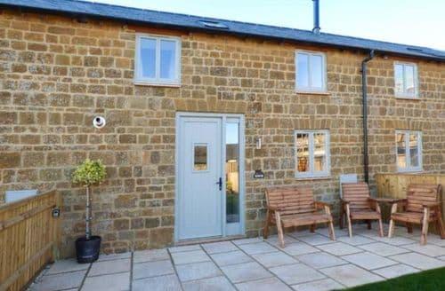 Last Minute Cottages - Delightful Little Tew Cottage S75553