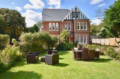 Last Minute Cottages - Adorable Bembridge Apartment S74669
