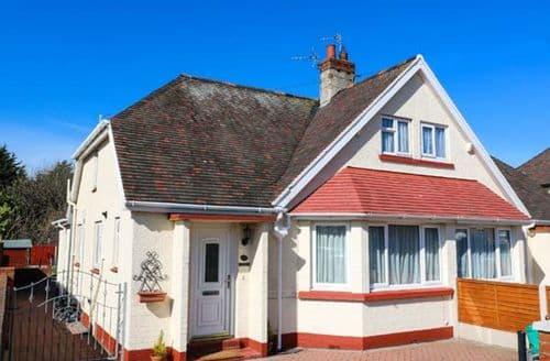 Dog Friendly Cottages - Inviting Llandudno Cottage S6713