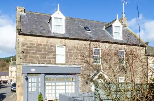 Last Minute Cottages - Cosy Rothbury Apartment S44141