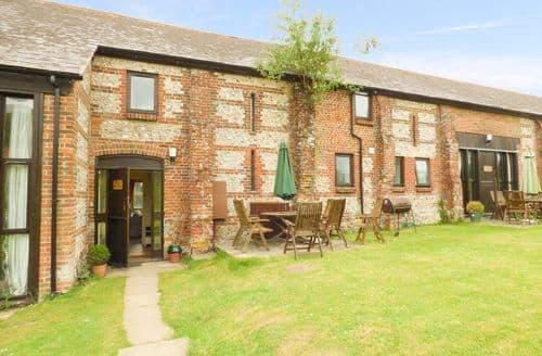 Last Minute Cottages - Gorgeous North Dorset Cottage S82614