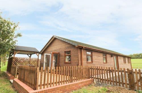 Last Minute Cottages - Excellent Bramcote Lodge S86237