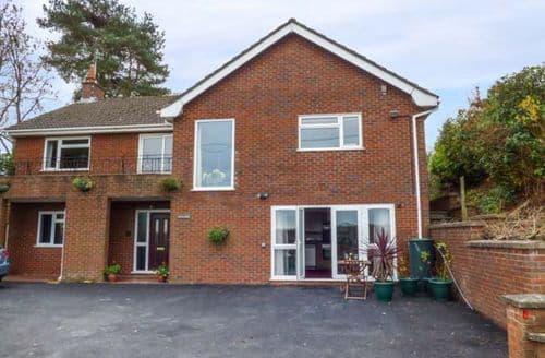 Last Minute Cottages - Stunning Oswestry Apartment S73343