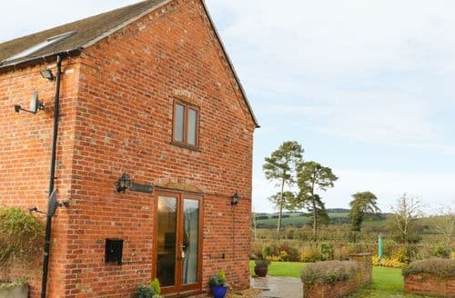 Last Minute Cottages - Attractive Brockton Cottage S90937