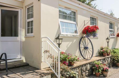 Last Minute Cottages - Splendid Mullion Cottage S92866
