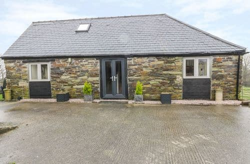 Last Minute Cottages - Cosy Morval Cottage S93574