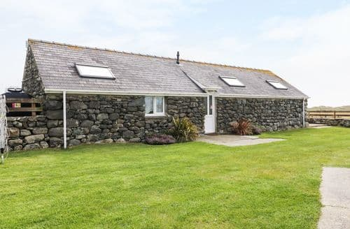 Last Minute Cottages - Gorgeous Talybont Cottage S98240