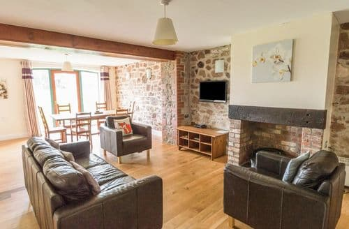Last Minute Cottages - Lovely St Ishmael's Cottage S122287