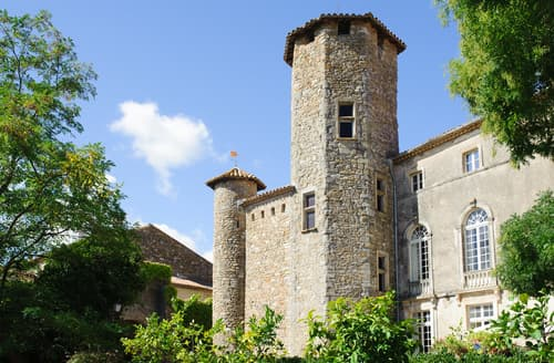 Last Minute Cottages - Chateau De L'Ange