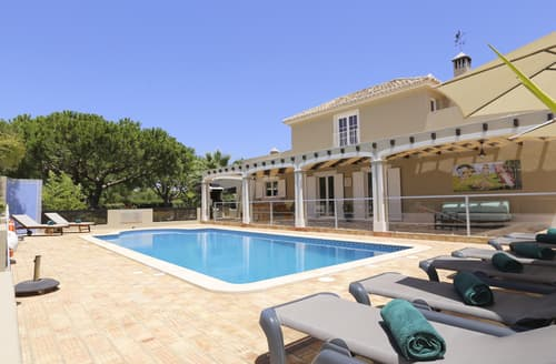 Last Minute Cottages - Villa Evora