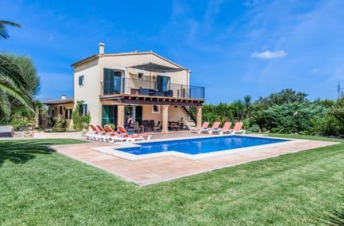 Last Minute Cottages - Villa Badia