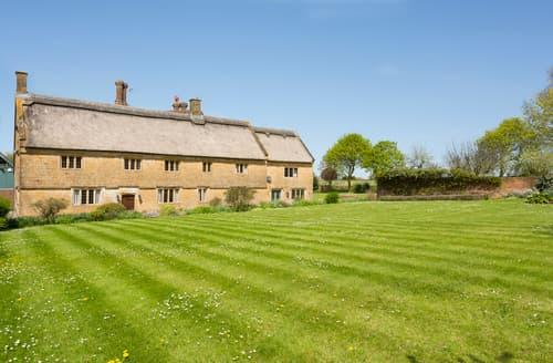 Last Minute Cottages - Burrow Hill Farmhouse