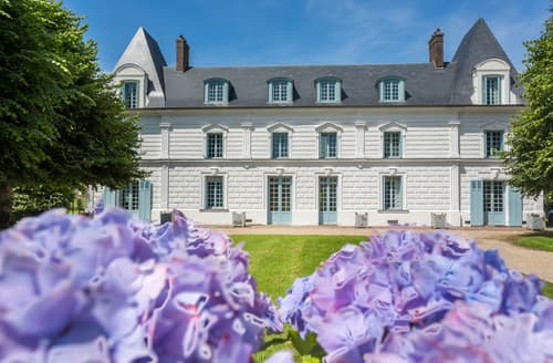 Last Minute Cottages - Chateau De Jonquier