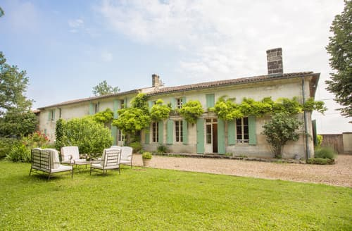 Last Minute Cottages - Exquisite Lussac Cottage S115191